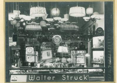 Das Geschäft von Walter Struck auf der Steeler Straße im Jahr 1937